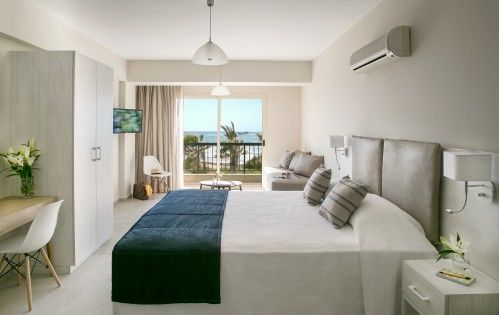 Louis Paphos Breeze Accommodation